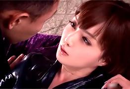 吉川あいみ 爆乳捜査官のタイトなスーツを破り裂いてレイプ!