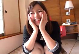 【素人】ハニカミ笑顔が初々しい19歳看護学生!