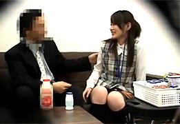 【盗撮】ヤクルト訪問販売の美人若妻をセクハラレイプ!
