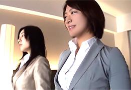 ボタンが飛びそうな乳した大手広告代理店に勤める美人OL