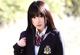 1か月前まで女子高生だった平成7年生まれの18歳デビュー! 宮崎あや