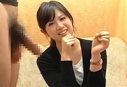 【素人】ズッキーニサイズと経験ありな清楚女子大生のセンズリ鑑賞