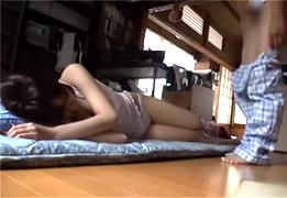 個人撮影 平日の昼間から自宅で中出しセックスする学生カップル