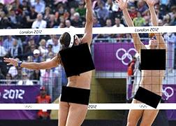 """ついに""""女子全裸ビーチバレー""""が開催!?これ凄いな…の画像です"""