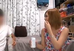 【盗撮】関西弁がメチャカワな介護福祉士を宅飲みで口説いて…