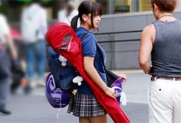 【素人】練習帰りのスポーツ美少女の健康的なむっちりボディをハメる!