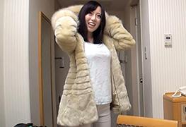 【素人】高そうなコート脱がすと最高のクビレ巨乳してた柏の美容師