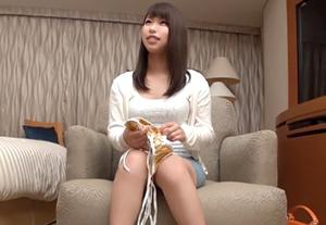 【素人】水着モデルになりませんか?横浜で見つけた激アツ美女をナンパ!の画像です
