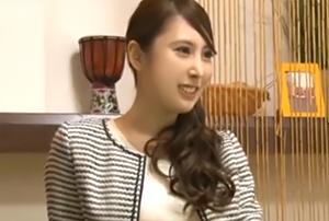 弟の俺から見ても美人でスタイル抜群。そんな姉が泊まりに来た… 北川杏樹