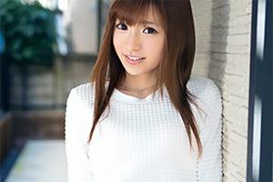 天使のような笑顔が可愛い美人アパレル販売員がAV出演の画像です