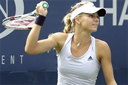 女子テニスピンチク