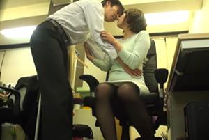巨乳上司とセックス完全盗撮