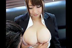 巨乳潜入捜査官 北川瞳