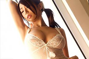 人気AV「ランジェリーナ」に篠田あゆみが登場。この女優やっぱすげぇわ…の画像です