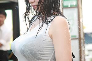 【奇跡体験】雨ありがとう。こんな巨乳の濡れ透け見たことないwww