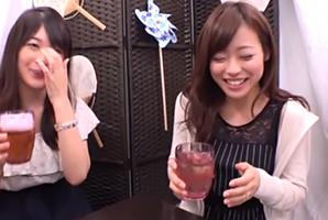 【ナンパ】酒で酔わされスケベな本性むき出しで乱交する美人ママ友二人組!