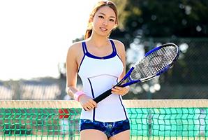 「初体験はコーチ。オナニーは毎日」テニスでインターハイ出場のアスリート女子大生