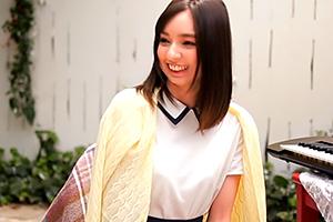 元アイドルの美少女・処女喪失デビュー 西田カリナ