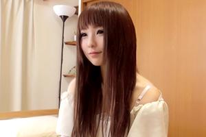 レナ 18歳 大学生の画像です