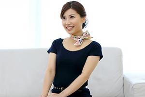 羽田璃子(はねだりこ) AVとは無縁の現役人妻CAが奇跡のAVデビュー!の画像です