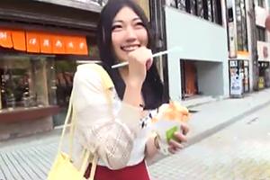 【松嶋葵 鈴原エミリ】金沢でナンパした濡れ方が半端ない専門学生