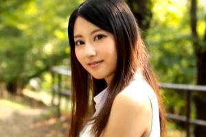 新人 Cool Beauty 三井悠乃の画像です