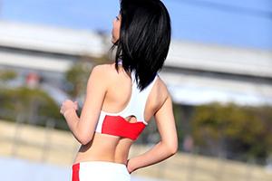 陸上競技歴12年 鍛え抜かれたスレンダーボディは驚異のウエスト54cm!!現役女子大生アスリートAVデビュー 川嶋明香莉21歳の画像です
