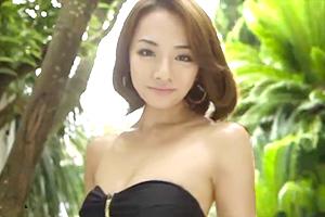 有名通販サイトの水着モデル、たかせ由奈(たかせゆな) がAVデビュー