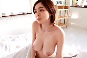 吉川あいみ ヌードを撮った高揚感から肉棒を受け入れる。調教され性処理ペットに…