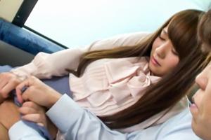 犯されたい私… 卑猥な下着でバスに乗る痴漢願望の変態若妻 白石茉莉奈の画像です