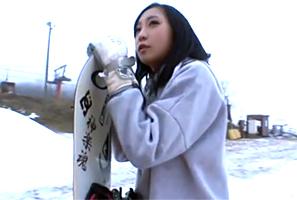 スキー場素人ナンパ ゲレンデ女子を酔わせて乱交!の画像です