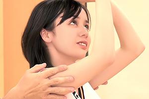 学園コスプレの 吉川あいみ と学校でこっそりH!部活前の大切な準備運動www