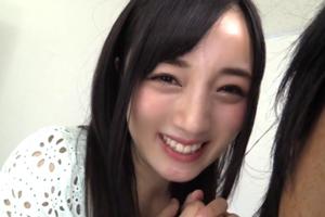 鈴原エミリ 可愛すぎるパイパン美少女の隠れた性欲が爆発した結果www
