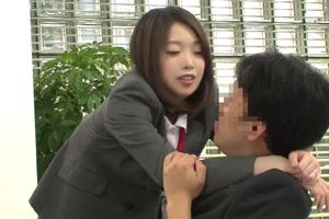 人妻SODG女子社員 社内不倫している淫乱女は浮気素股させますの画像です
