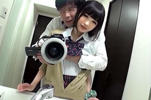 【個人撮影】神レベルに可愛い美少女JKのハメ撮り映像が流出してる件