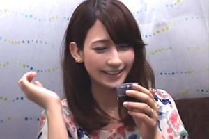 【素人ナンパ】カクテルの試飲モニターでゲットした可愛い人妻に中出しの画像です