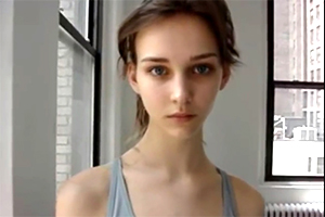 アメリカモデルのすっぴん動画の画像です