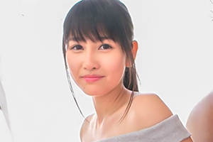 将来有望な18歳 小野寺梨紗 の初々しいAVデビュー作