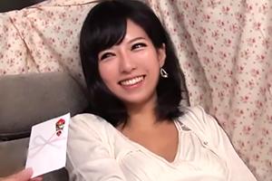 【桜ちなみ】可愛くて巨乳、ナンパしたお綺麗な人妻に生中出し!