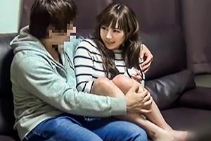 【盗撮】かなりおキレイな人妻をナンパして連れ込み中出しまで…!