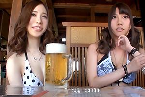 【松本メイ】ビーチでナンパした白黒美人ギャルたちに卑猥エステを施す様子を盗撮