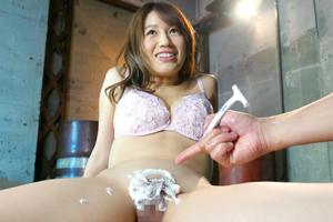 本田莉子 引退作で人生初となる中出し&パイパンを披露