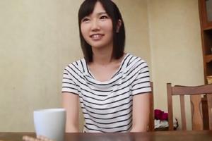 今村加奈子 書店店員のスレンダー美少女、はじめてのナマ中出し