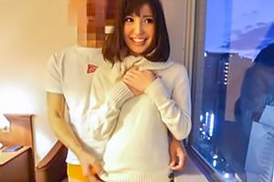 【個人撮影】緊張するゆるふわ系美少女に即ハメ、中出し!