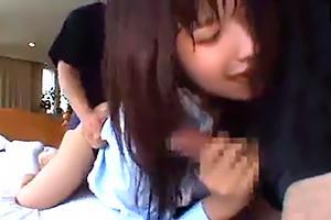 【円光】あどけない女子校生が2本の肉棒に犯され中出しされる・・・の画像です