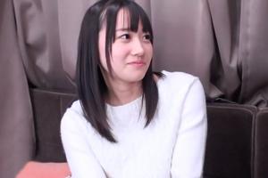 大島美緒 ドップリ中出しした後膣に精子を溜めたままお散歩調教してきました