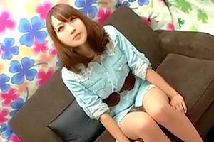 【素人ナンパ】ゆるふわ系の美少女が手コキ&フェラチオ