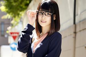 『高偏差値大学に通う地味で真面目そうな眼鏡女子ほど、実は超エロいって本当?』SP 3の画像です