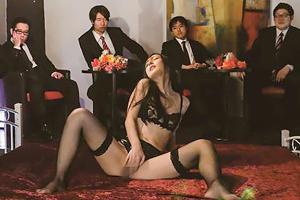 古川いおり 超高級ナマ中出し輪姦倶楽部の画像です