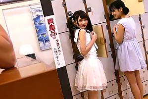 【銭湯のアルバイト】番台の特権でロリから人妻まで、裸を見放題!